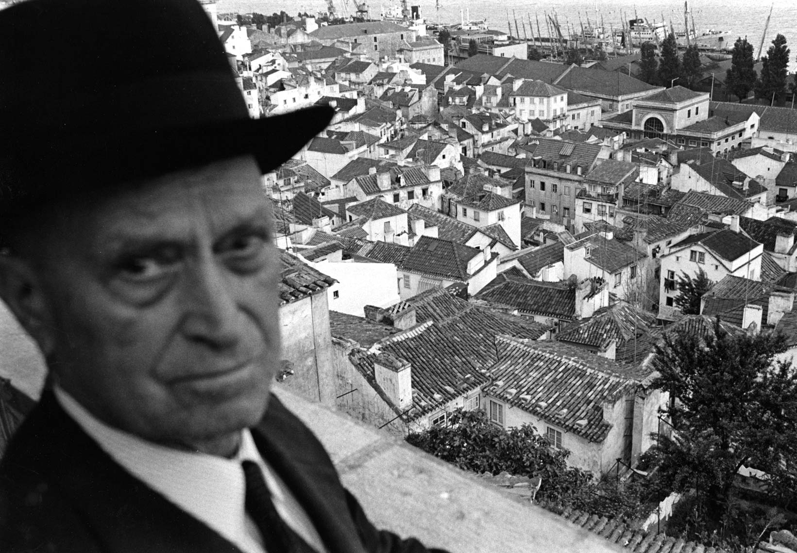 MAN WITH ROOFTOPS