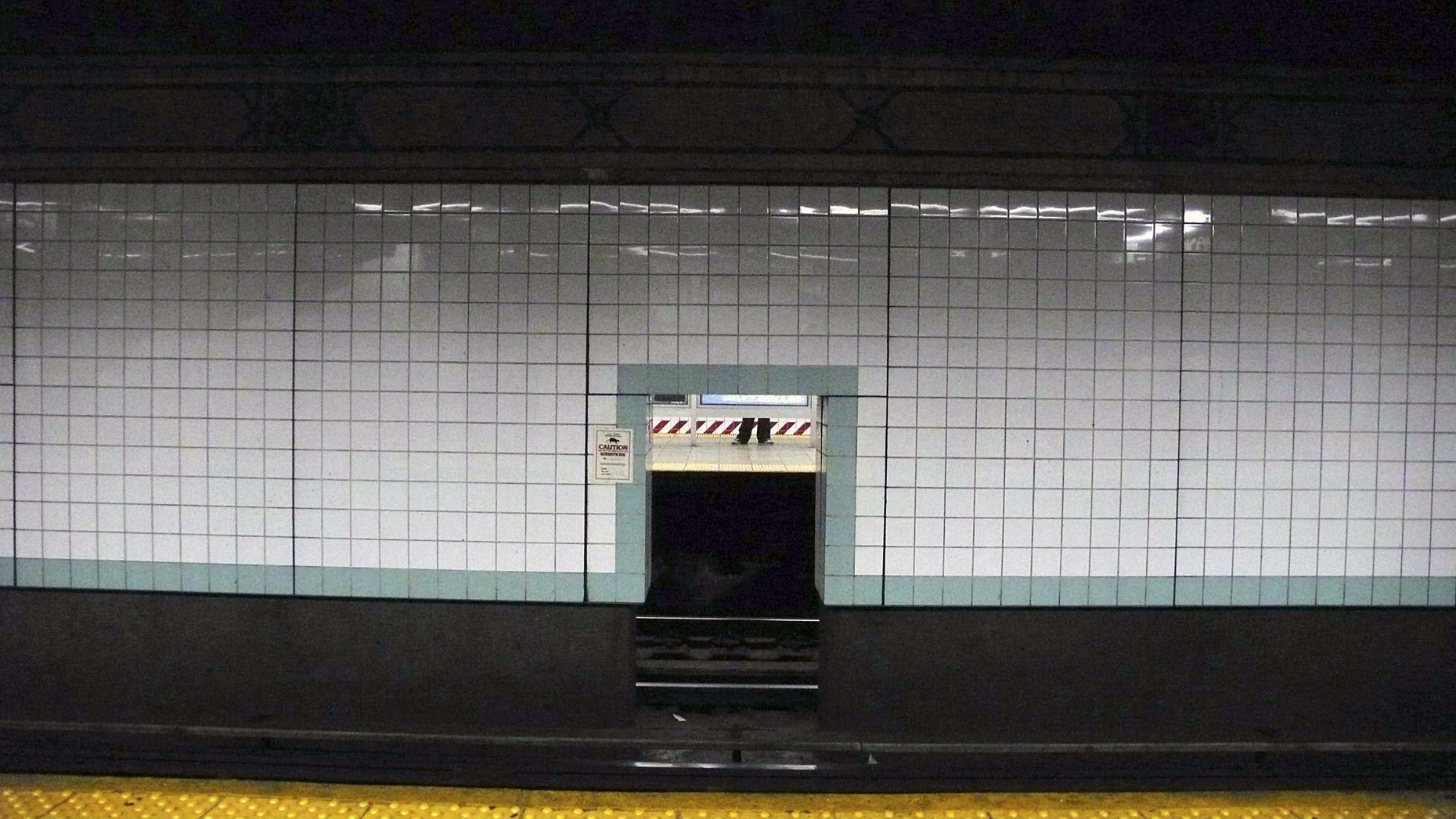 SUBWAY THROUGH THE TRACKS